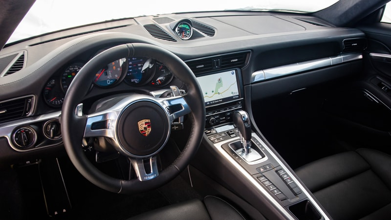 Porsche 911 Carrera S Coupé Interior